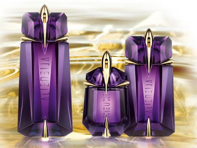 Intergalactic Jasmine Thierry Mugler Alien Perfume Review The
