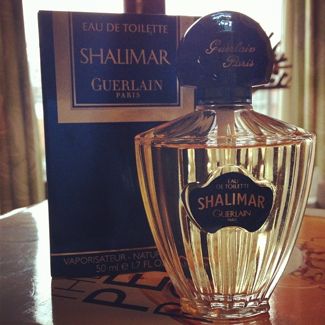 perfume pic of the week no 1 vintage shalimar eau de toilette the perfume boy