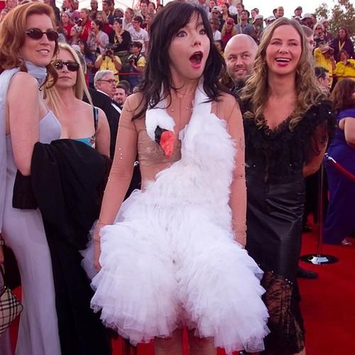Björk in Marjan Pejoski (2001)