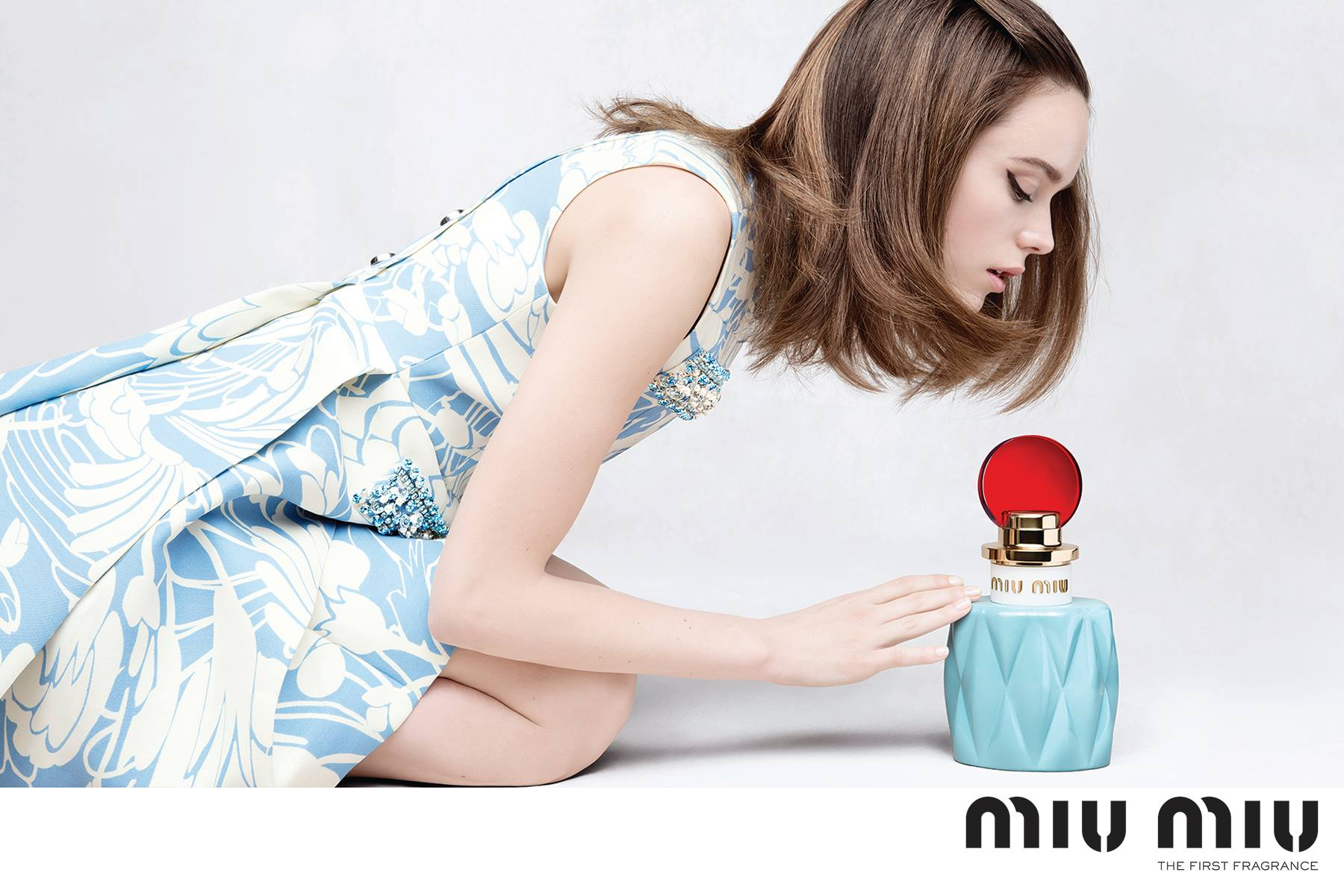 my baby blue bakelite girl miu miu by miu miu perfume review the candy perfume boy. Black Bedroom Furniture Sets. Home Design Ideas