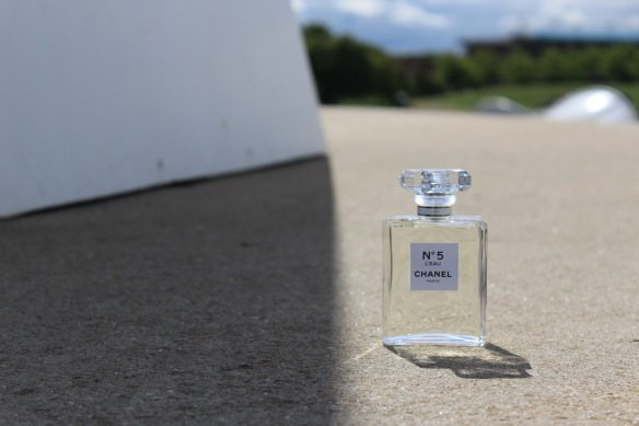Structural Integrity - Nº5 L'Eau by CHANEL