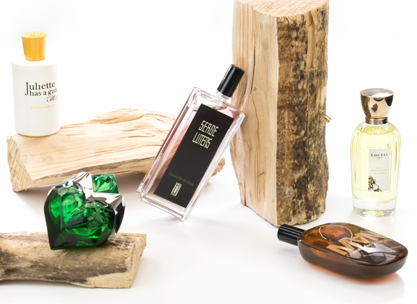 inside-our-experts-fragrance-wardrobe-woods-main-banner-visual-2